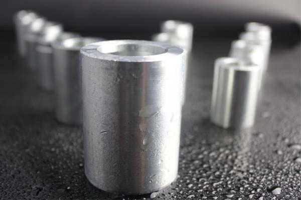 Лека-Steel-маркуч-яка